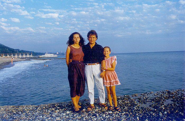 Дагомыс. С женой и дочкой Лизой. 1991 год, август.